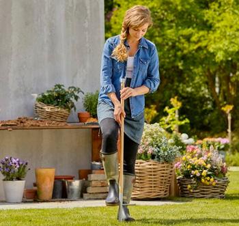 Hol dir die Basis für dein Gardena ClickUp! System: Der robuste Holzstiel